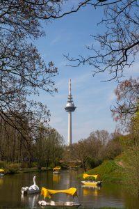 Der Mannheimer Luisenpark läd zum picknicken ein.